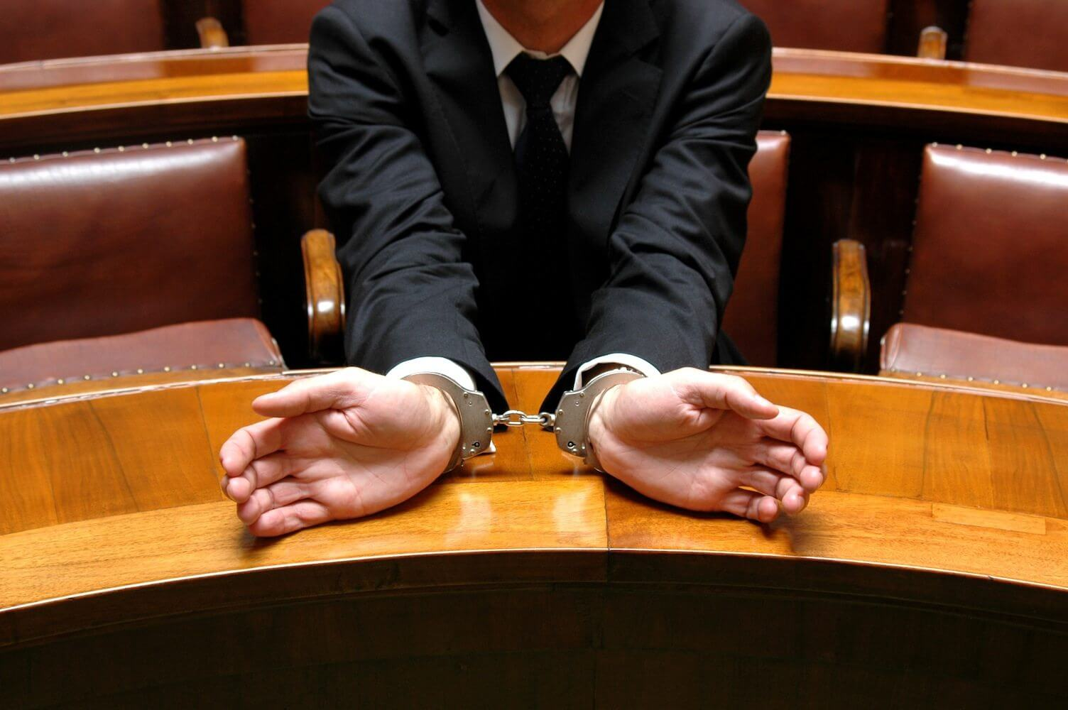 How to find the right criminal defense lawyer?